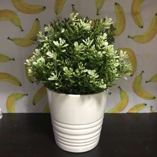 Ikea artificial potted plant + pot