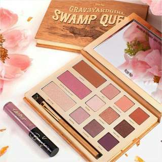 Tarte Graveyard girl swamp queen palette