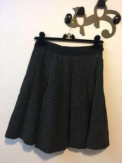 黑色及膝半截裙 skirt
