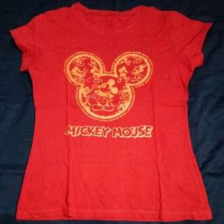 Kaos merah mickey mouse disney