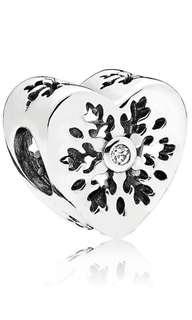 PANDORA Snowflake Heart Charm 100% New