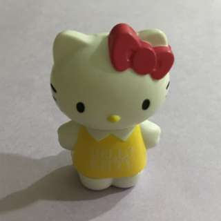 Bn Hello Kitty lip balm cum Figurine