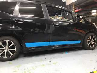 Honda Fit side design door wrap