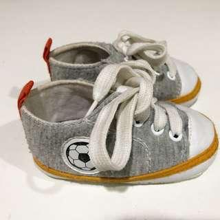 Sepatu newborn import gray baby boy