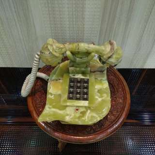 Very Antique Grapes Zed Telephone
