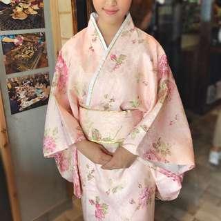 尋懂日語女生拍電影