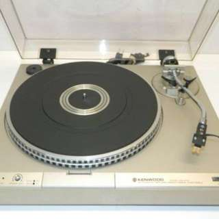 Kenwood KD-3100 turntable