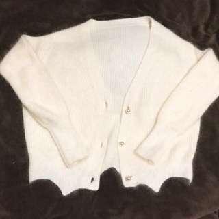 全新韓國米色冷外套 Brand New Beige Cardigan