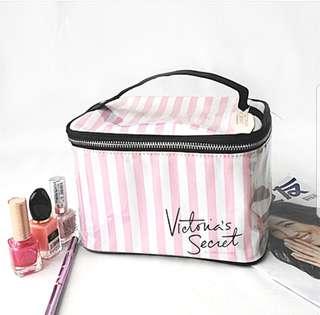 Make Up Pouch Victoria secrets authentic