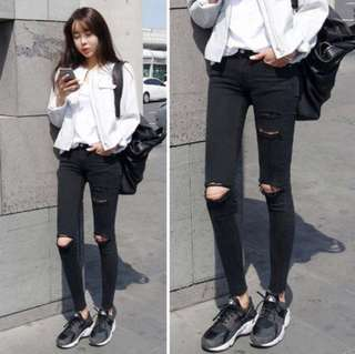[INSTOCKS]High waisted black ripped jeans