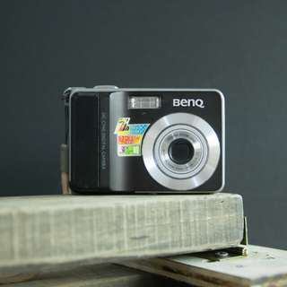 BENQ DC C740i Pentax Zoom lens camera