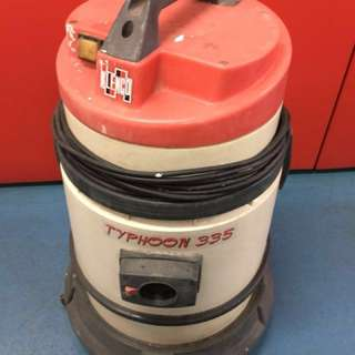 Klenco Typhoon 335 Wet and Dry vacuum