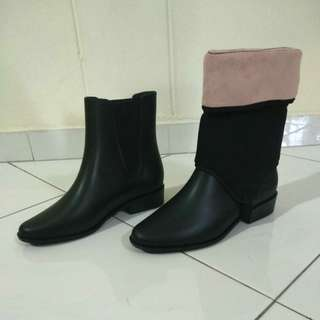Brand new Black Boots from Zaxy