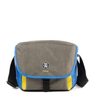 Crumpler Proper Roady 2.0 Camera Sling 4500 S Navy / Black / Beige