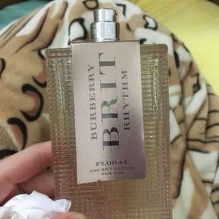 Burberry 香水90ml