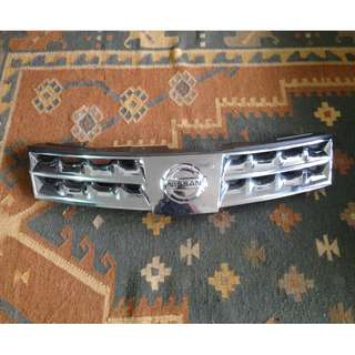Nissan Grand livina front grill
