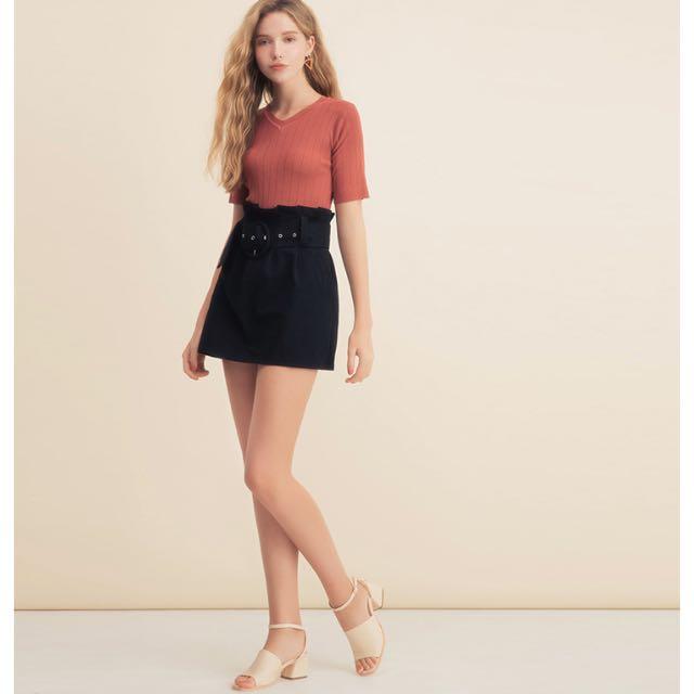 大圓釦腰帶修身短裙