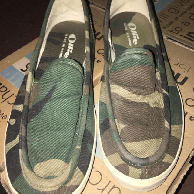 迷彩平底鞋