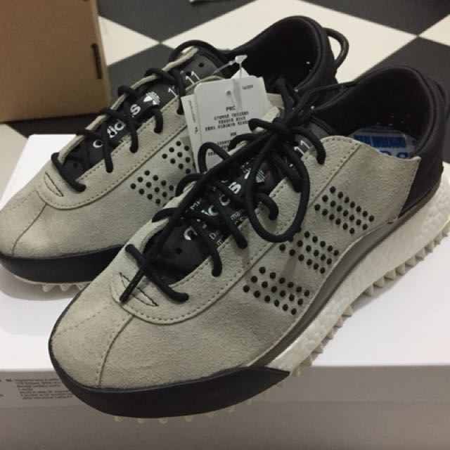 new styles 96749 aba7c Adidas Alexander Wang AW Hike Low, Mens Fashion, Footwear, Sneakers on  Carousell