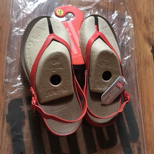 a0714a68e Authentic Fitflop FLIP Leather Back-Strap Sandals (US6)