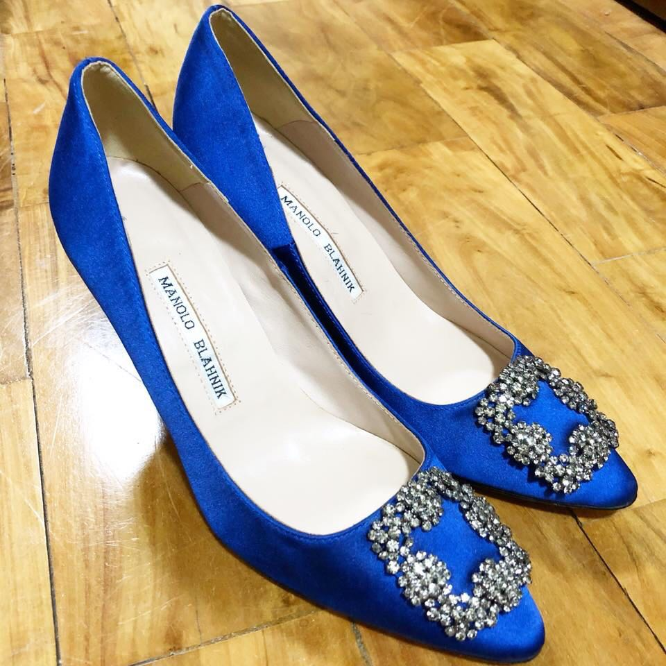 Authentic MANOLO BLAHNIK HANGISI JEWEL PUMP