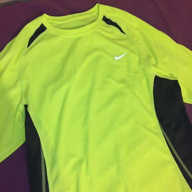 Authentic Nike Dri fit logo Fluro exercise tshirt