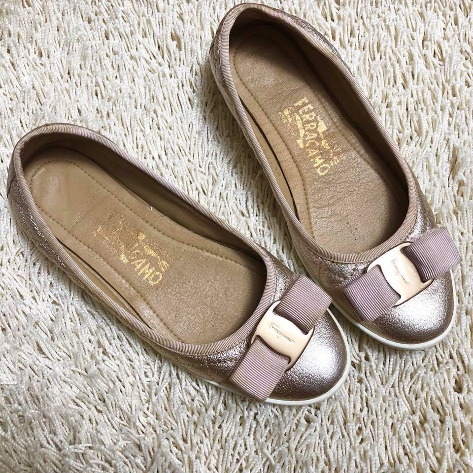 Authentic SALVATORE FERRAGAMO Rosegold Sneaker Flats