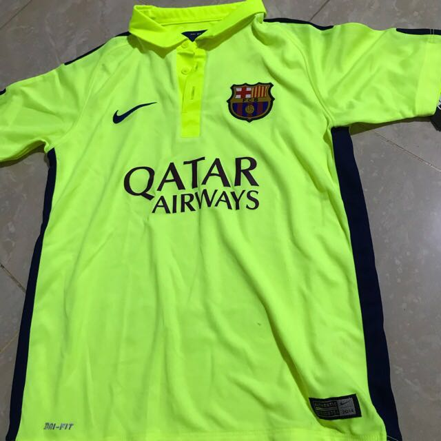the latest 8a26c 3ad6e Barcelona Jersey Junior - size M