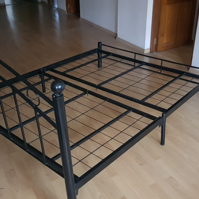 Bed Frame Queen Size Very Sturdy Furniture Beds Mattresses On
