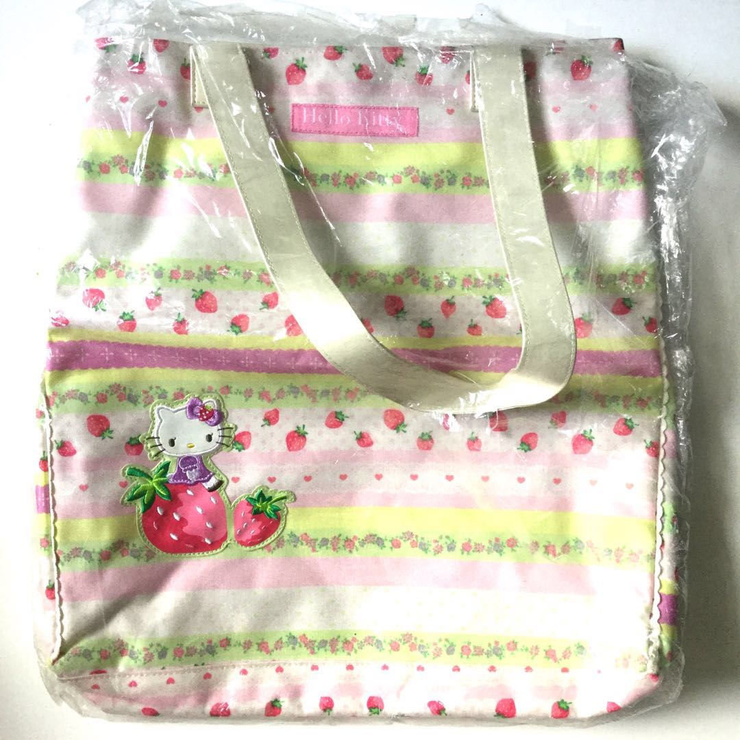 BNEW: Authentic Sanrio Hello Kitty Shoulder Bag