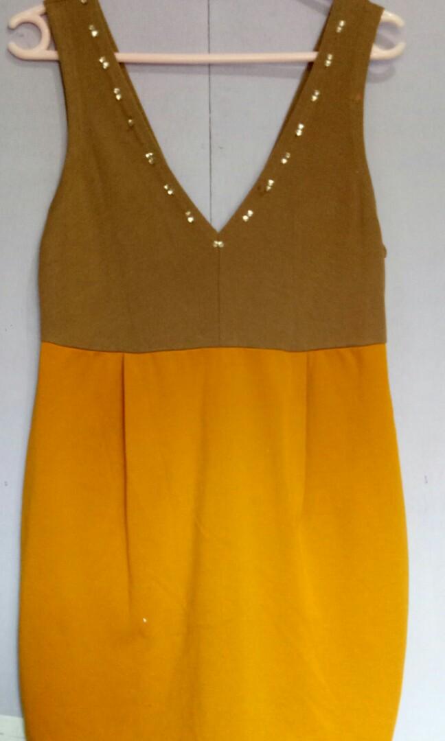 Brown/Mustard dress