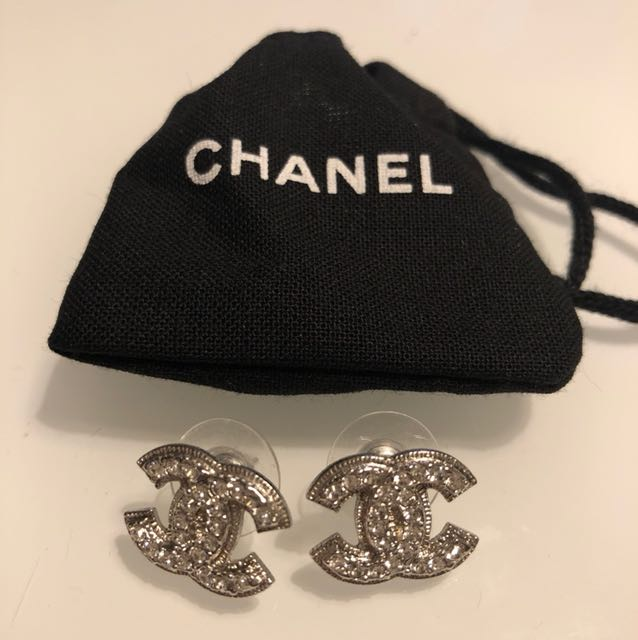 Chanel CC Earrings (New)