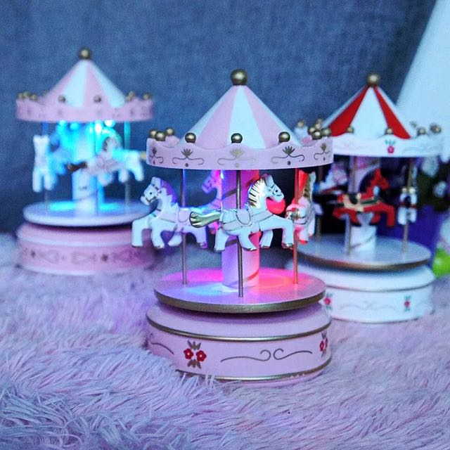Cute Carousell Gift (PO) Merry Go Round