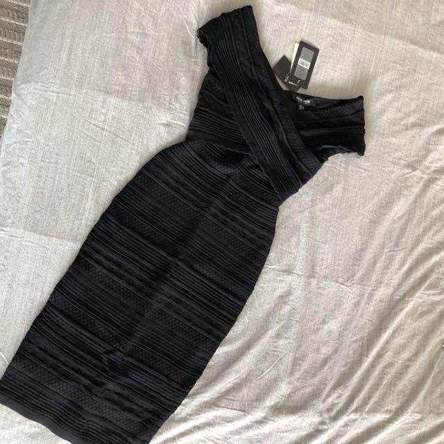 Ever New Melbourne Bardot Dress (size 2)