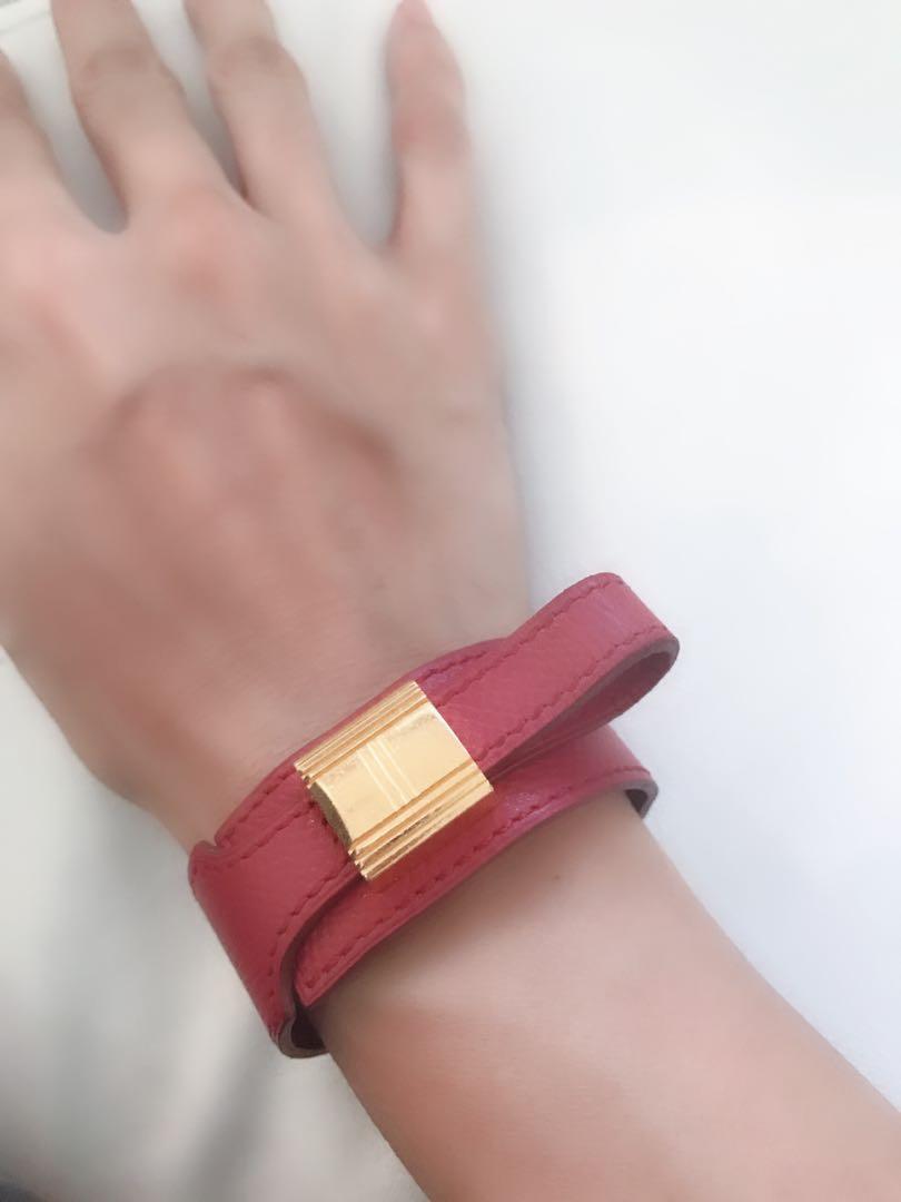 excellent condition authentic Hermes leather bracelet - no inclusions