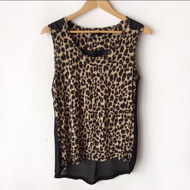 Forever21 leopard print top