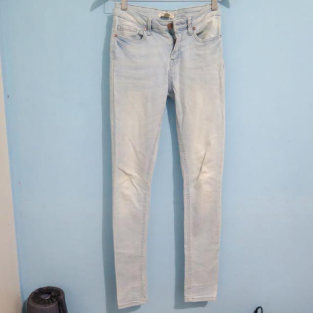 FOREVER 21 Regular Waist Blue Jeans
