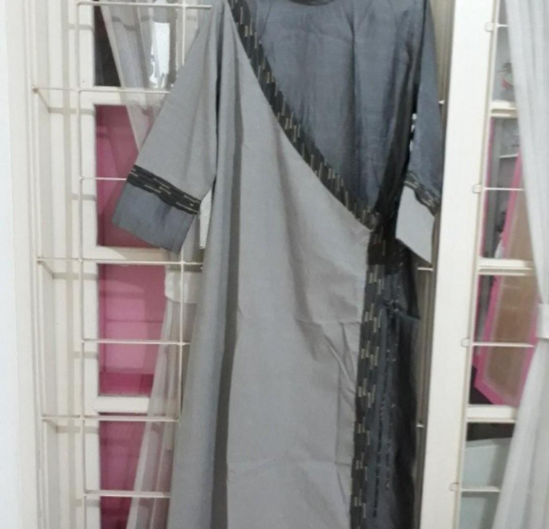 Gamis kimono, abu, size XL, sisa dagangan
