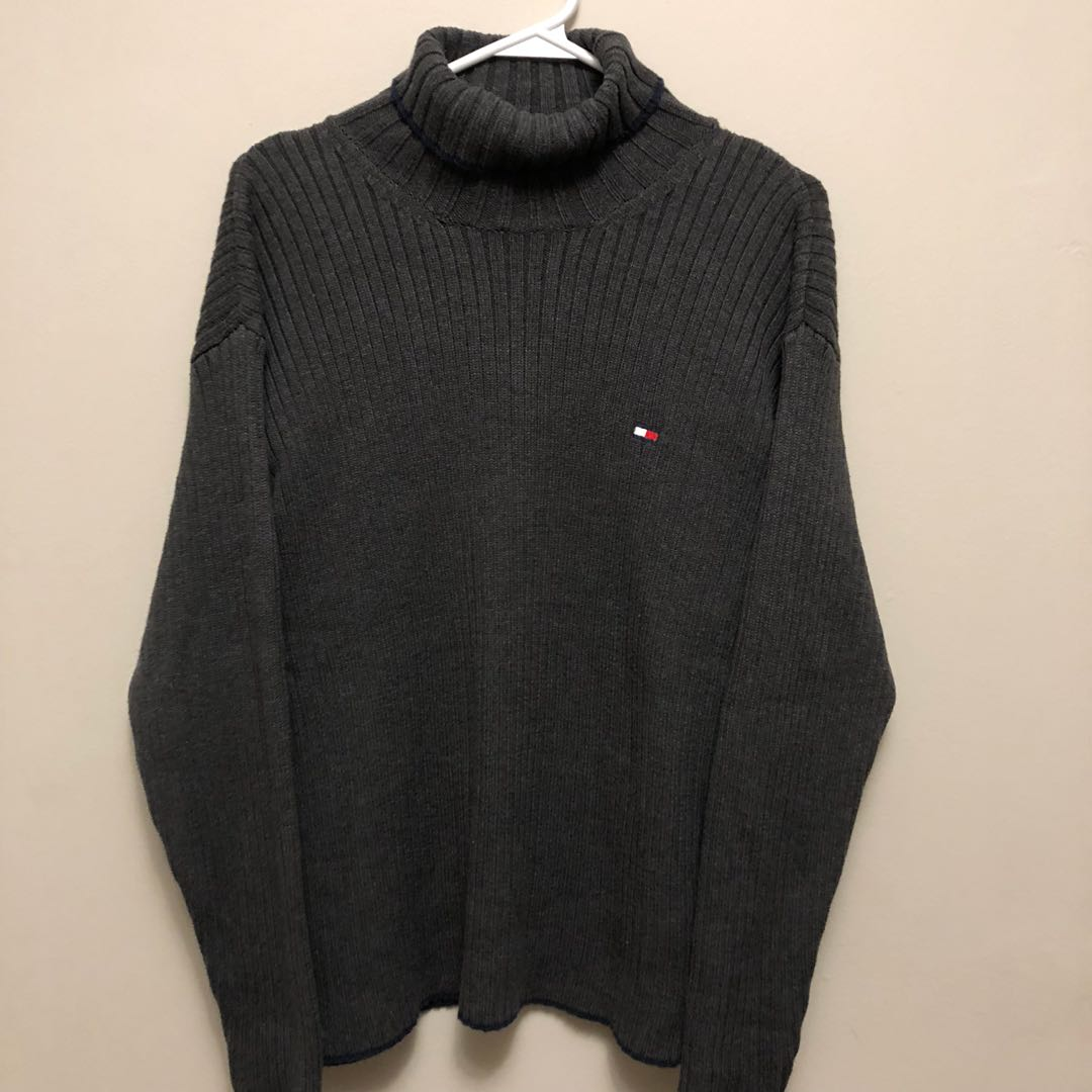 grey tommy turtleneck