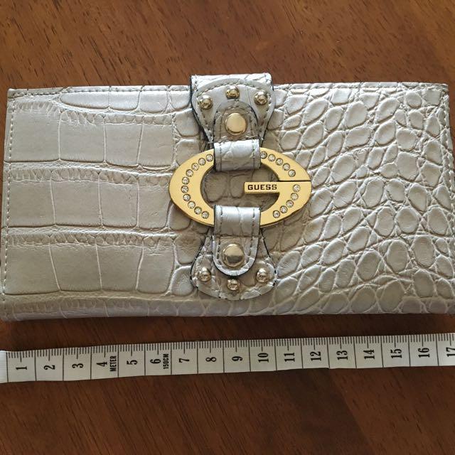 Guess Ladies wallet