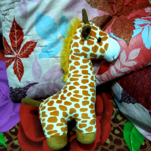 #MakinTebel preloved boneka jerapah