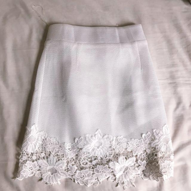 NEW white skirt scuba material size S
