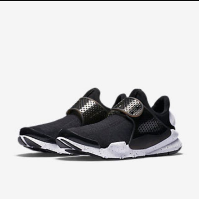 new product 716dc d1a6c Nike Sock dart black oreo us 9, Men's Fashion, Footwear ...