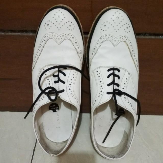 Platform sneakers new look