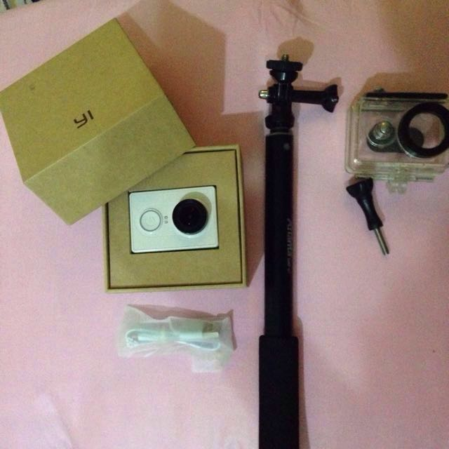 PRELOVED ACTION CAM XIAOMI YI CAM