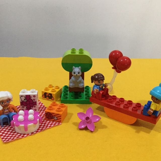 Preloved LEGO Duplo Birthday Picnic 10832