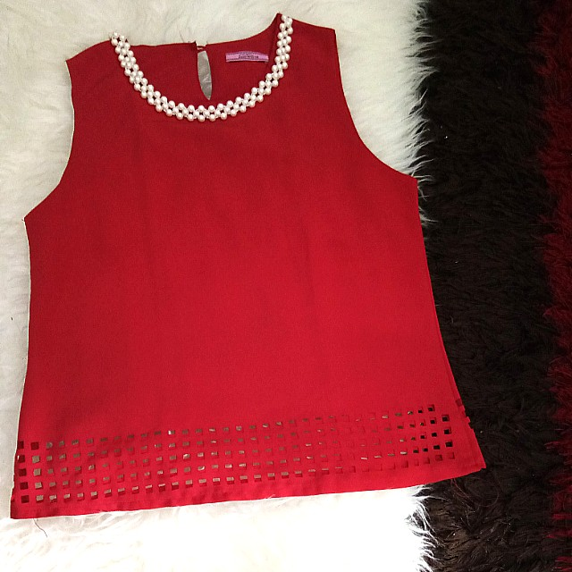 red pearl top