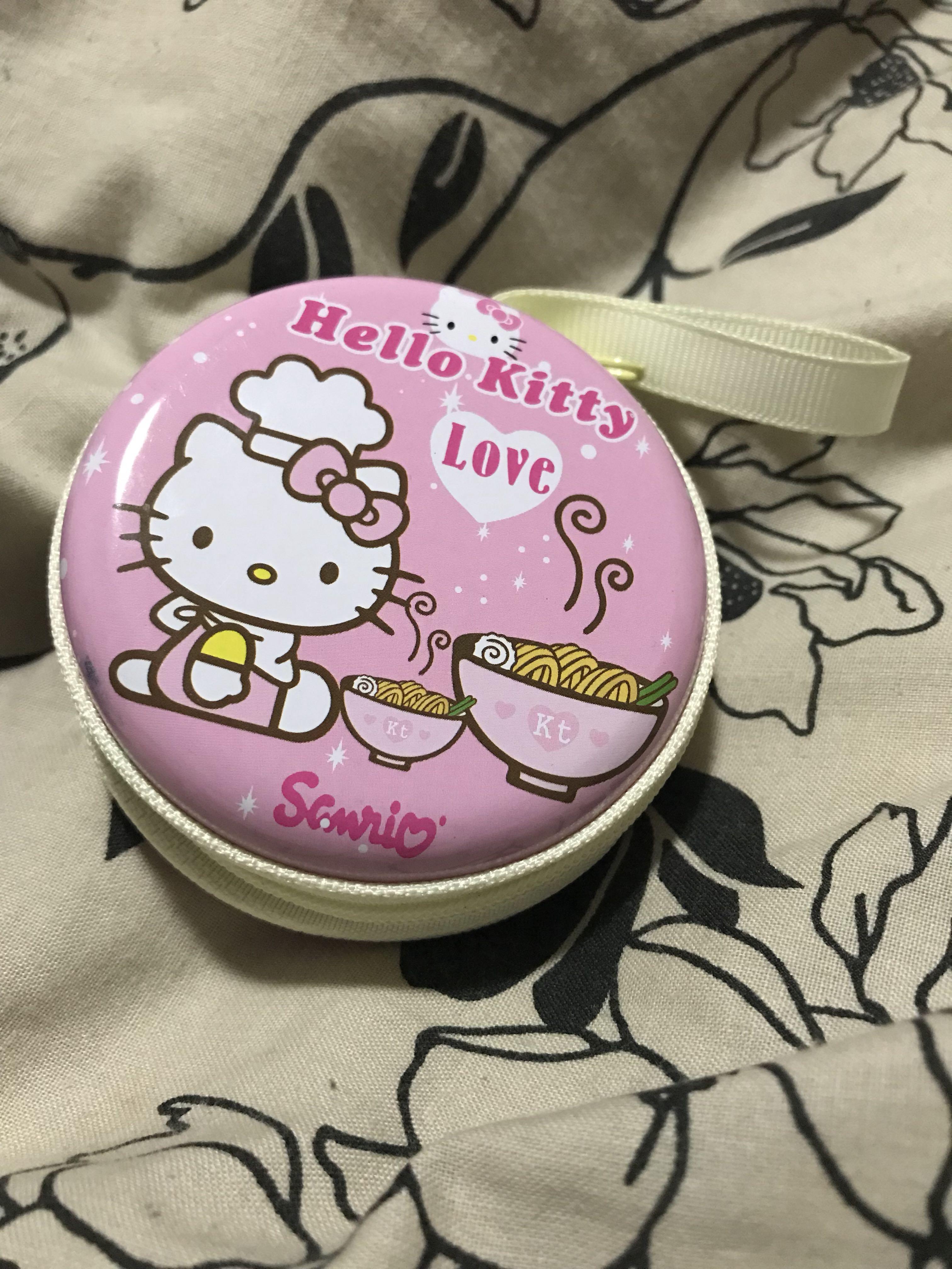 Sanrio Hello kitty earphones case