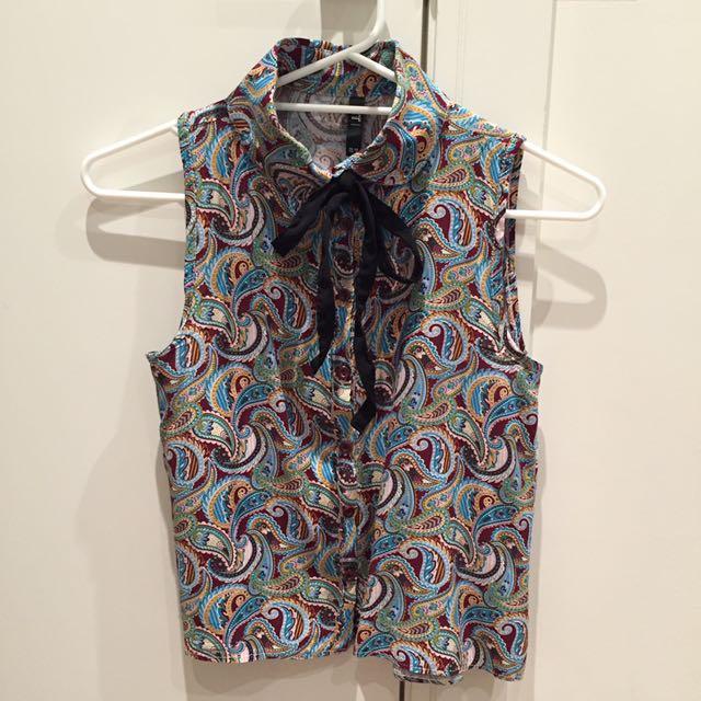 Sleeveless Vintage Collar Top