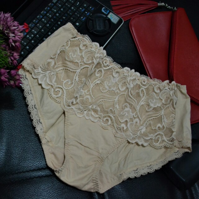 XL PANTY BY VALERY